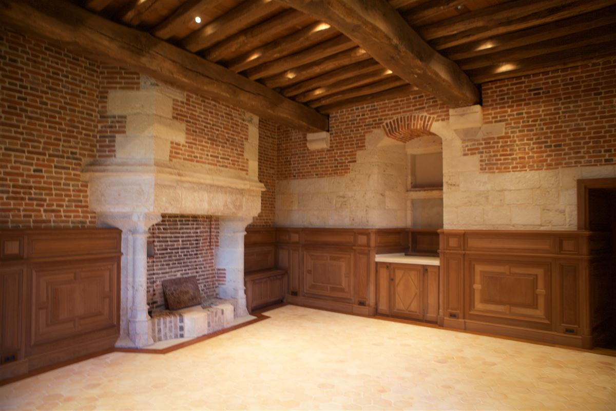 Luxury real estate exceptional and peaceful chateau