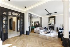 Luxury homes in magnificent apartment in prime location in the prestigious 16th District