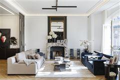 Mansions in magnificent apartment in prime location in the prestigious 16th District
