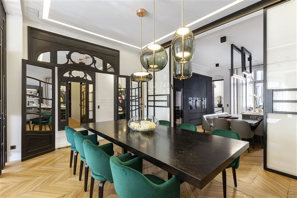 magnificent apartment in prime location in the prestigious 16th District luxury real estate