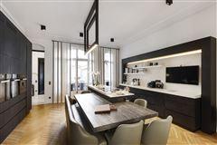 magnificent apartment in prime location in the prestigious 16th District luxury homes