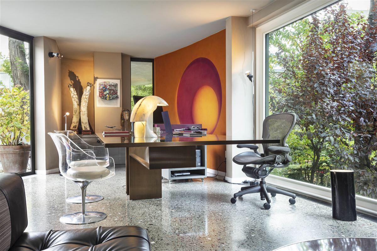 Luxury homes in incredible contemporary Villa