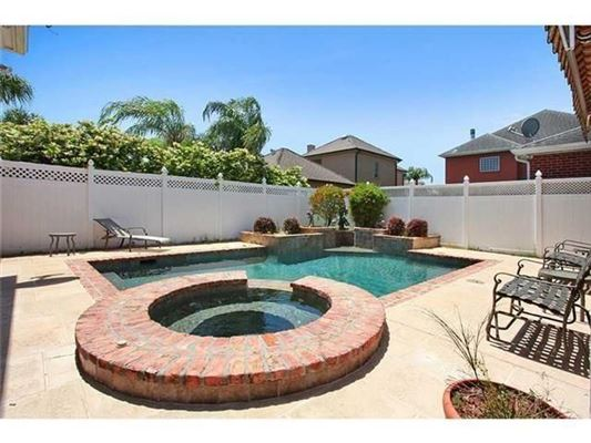 Mansions in an excellent home in Kenner