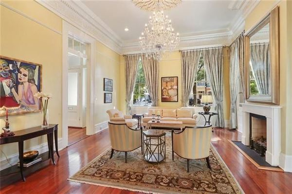 Luxury real estate Grand and gorgeous 1860s Greek revival mansion