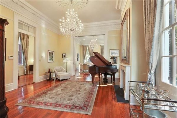 Grand and gorgeous 1860s Greek revival mansion luxury real estate