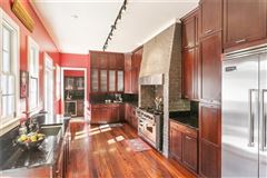 Luxury properties Grand and gorgeous 1860s Greek revival mansion