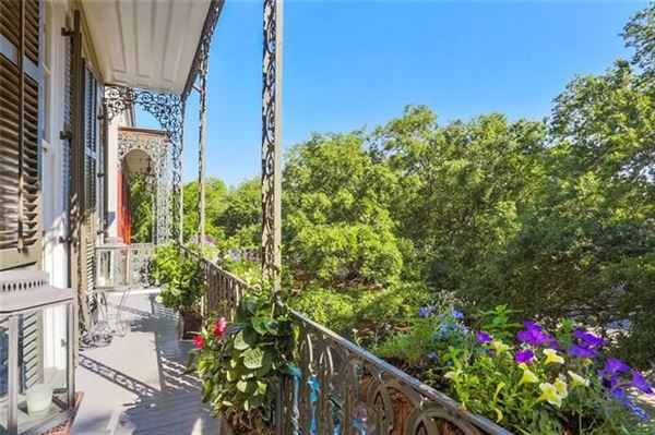 Luxury homes Grand and gorgeous 1860s Greek revival mansion