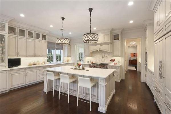 Magnificent custom built home luxury properties