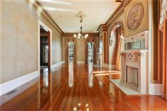Mansions in restored Victorian mansion - once owned by Anne Rice