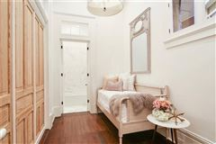 beautifully renovated 1860s Italianate mansion mansions