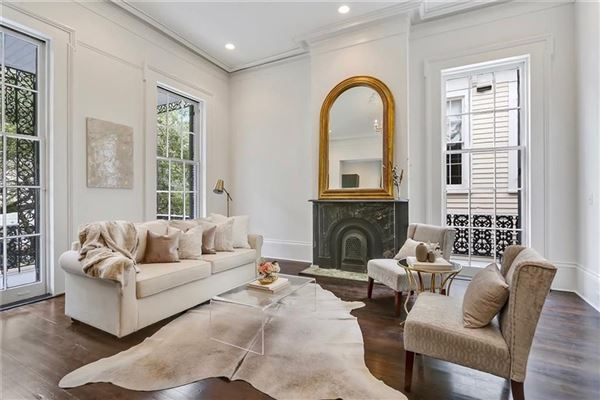 Mansions in beautifully renovated 1860s Italianate mansion