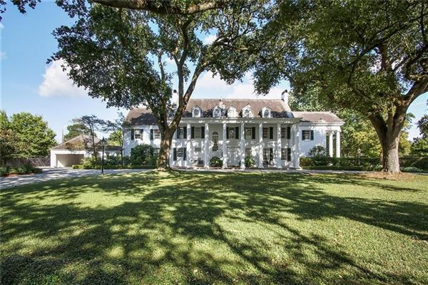 Luxury homes renovated grand colonial