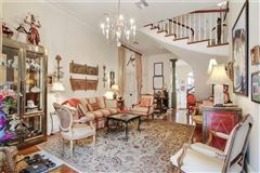 a Spectacular Creole townhouse mansions