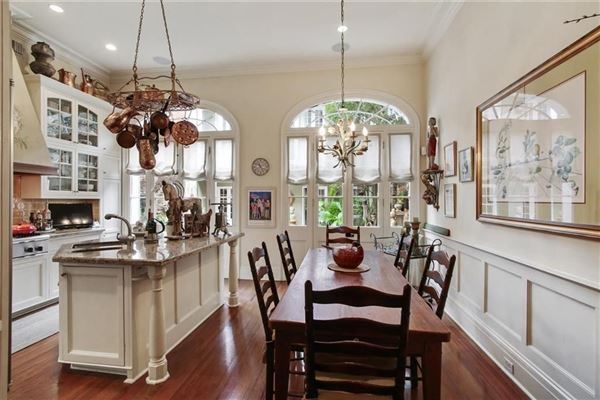 a Spectacular Creole townhouse luxury homes