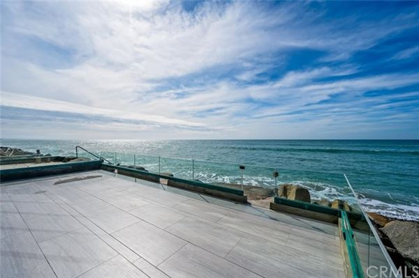 Luxury real estate Breathtaking oceanfront living