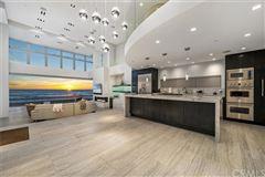 Luxury homes Breathtaking oceanfront living