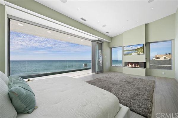 Breathtaking oceanfront living luxury homes