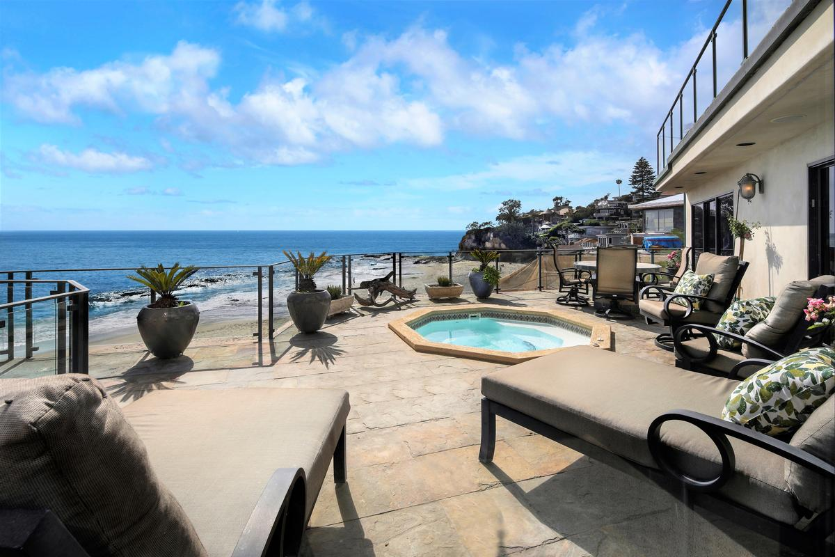Premier Oceanfront Masterpiece on Victoria Beach luxury homes