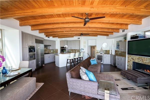 recently remodeled oceanfront condo luxury real estate