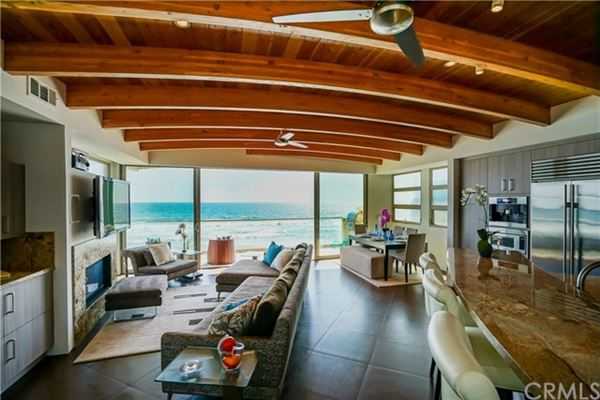 recently remodeled oceanfront condo mansions