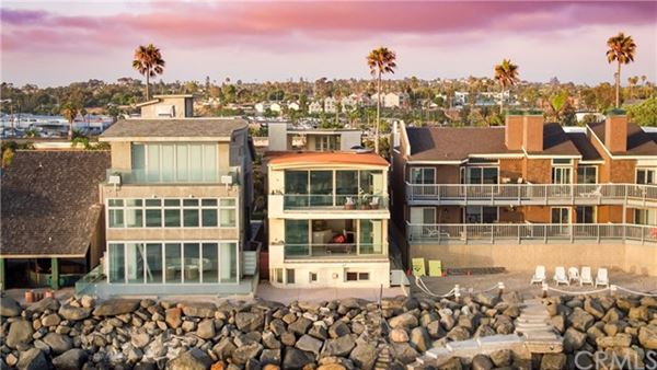 Mansions recently remodeled oceanfront condo