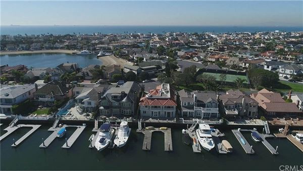 a spectacular waterfront estate  luxury homes