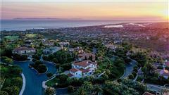 Luxury homes in One Pelican Hill Circle is a stylish and modern home within the Pelican Hill