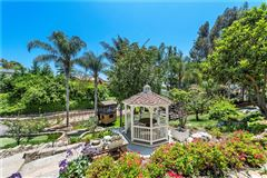 Luxury real estate luxurious equestrian zoned estate property
