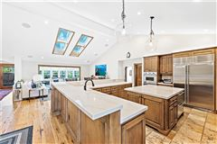 Luxury homes in luxurious equestrian zoned estate property