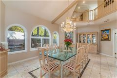 Mansions Gated executive home with breathtaking view