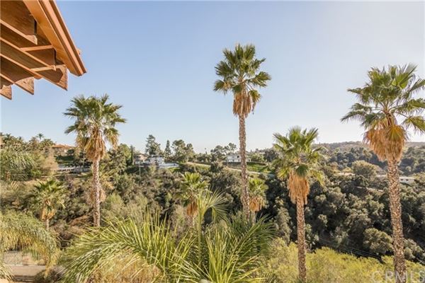 Gated executive home with breathtaking view luxury properties