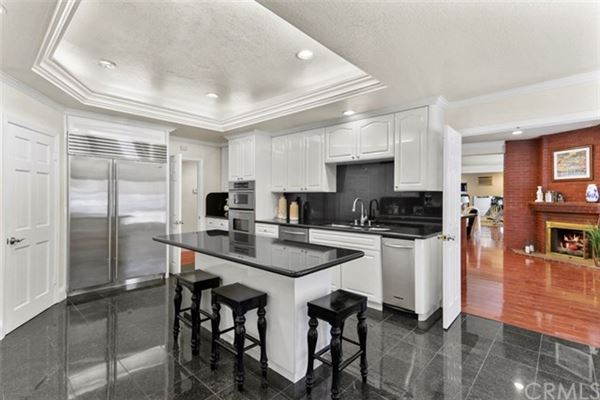 Luxury real estate spectacular mansion in diamond bar