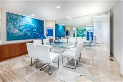 Mansions gorgeous contemporary oceanfront estate