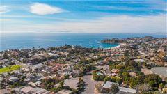 Luxury properties PANORAMIC WHITE WATER OCEAN VIEw near beach