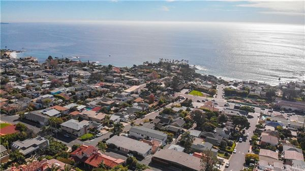 gorgeous residence offers panoramic ocean views luxury homes
