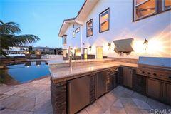Spanish Villa Offers Stunning Views of the City luxury properties