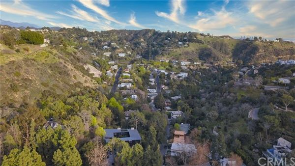 incredible large lot in the heart of los angeles luxury homes
