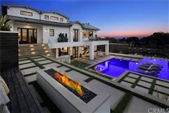 Luxury homes in masterpiece in the Corona Highlands