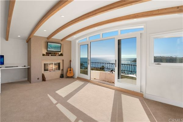 Luxury homes exceptional opulence with panoramic ocean view