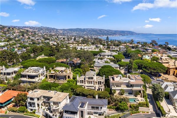 exceptional opulence with panoramic ocean view luxury real estate