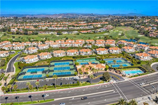 Luxury real estate Monarch Beach Resort Living