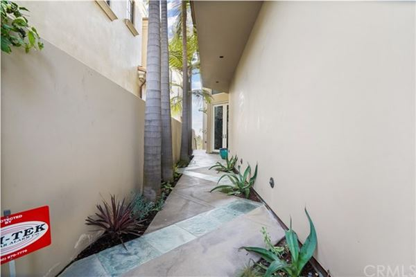 Luxury homes Seal Beach Gold Coast home with amazing views
