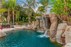 Luxury properties Tropical paradise in Nellie Gail Ranch