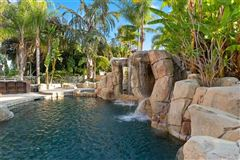 Luxury homes in Tropical paradise in Nellie Gail Ranch
