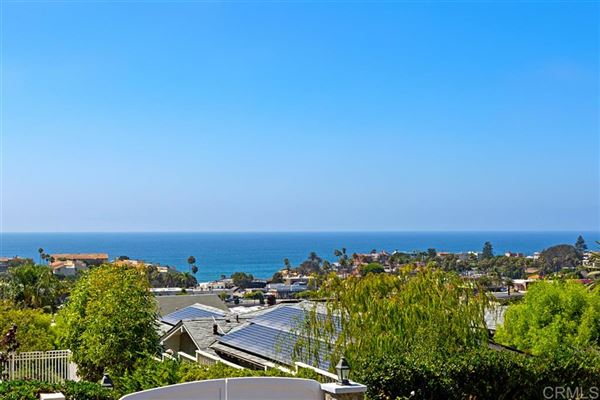SWEEPING OCEAN AND SUNSET VIEWS luxury real estate