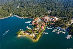 Luxury homes in Extraordinary Estate On The Lake