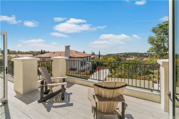 Luxury real estate highly desirable Tesoro residence