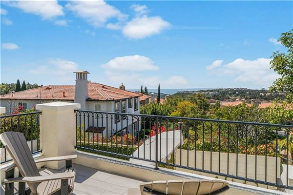 Luxury properties highly desirable Tesoro residence