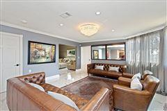 Luxury properties Elegant Spanish Style Villa single-story w/ sweeping city views