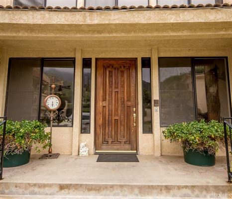 Luxury homes Amazing multi-level estate